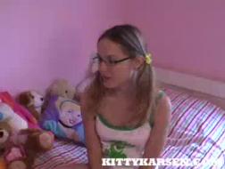 Blonde Ehefrau trifft ässe Freundin mit einer Horde/ Interracial Porn