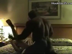 Mamuśka z niesamowitym ciałem Pamela Morgan pokazuje swoje cycki i cipkę w tym filmie w jakości HD