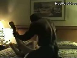 Milf Porno mit einer rothaarigen Hausfrau