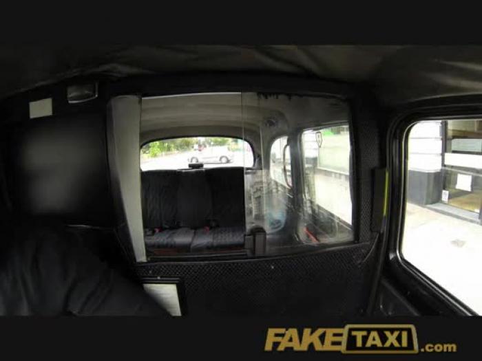 faketaxi zaprezentować gal z ogromnych piersi śrub za gotówkę