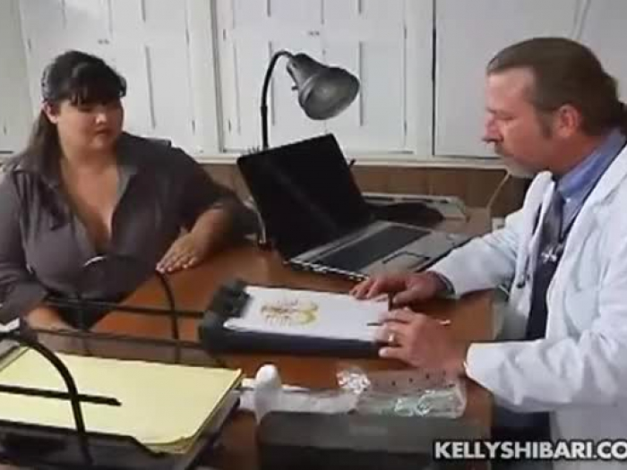 Kelly Shibari - lekarze odwiedzić