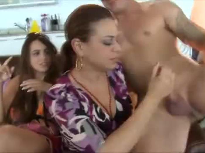 auf gesicht sitzt porno