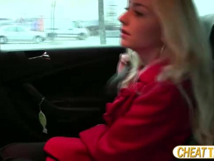 Victoria se perforó en taxi y recibe un flujo de masa en su pus